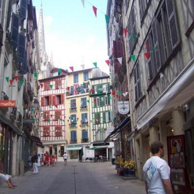 voyage :pays basque en 850 t3 calif